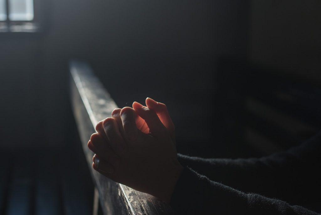 神社での神頼みが上手くいくのは引き寄せの法則が作用しているから