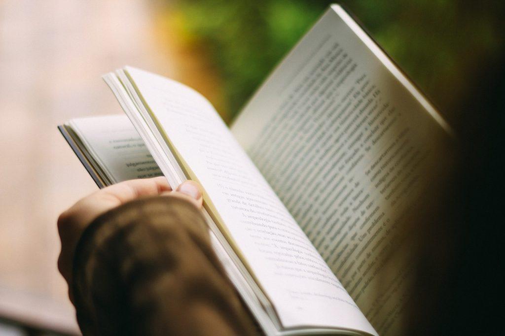 その④引き寄せの法則絡みの本を読む