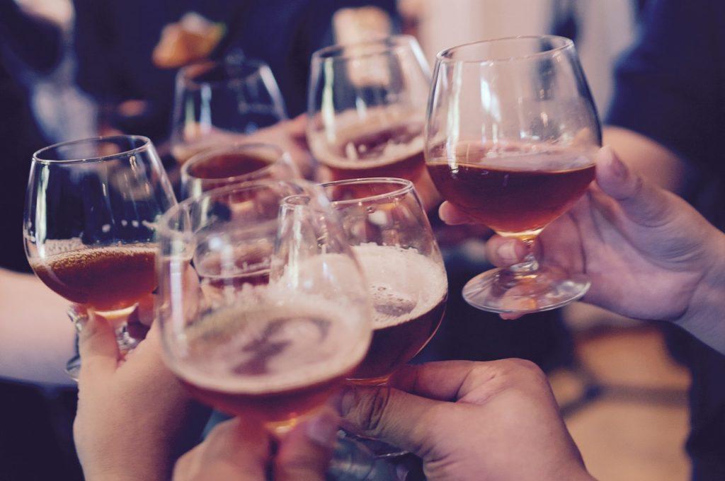 ⑤少人数での飲み会を企画しよう!