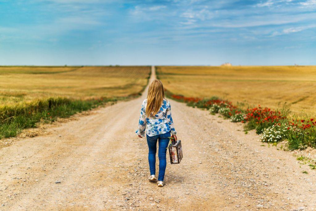 遠距離恋愛のカップルの復縁方法10選