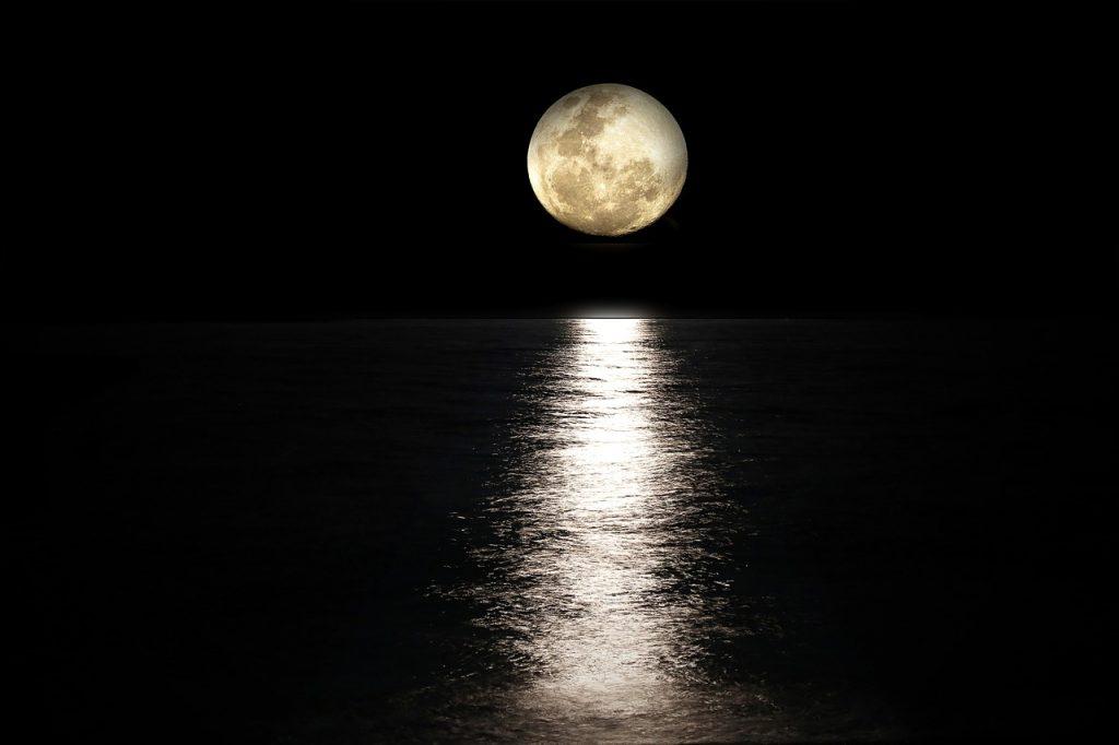 満月に復縁の願い事をするなら復縁特化型のボイドタイム!
