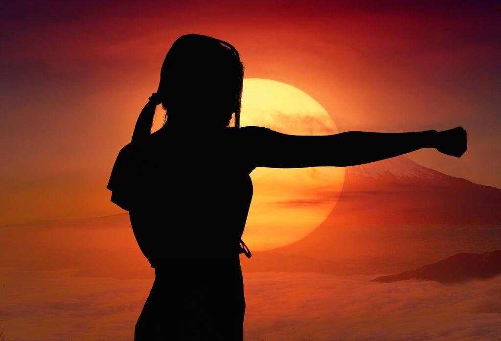 復縁を悩む女性の心を軽くする対処法