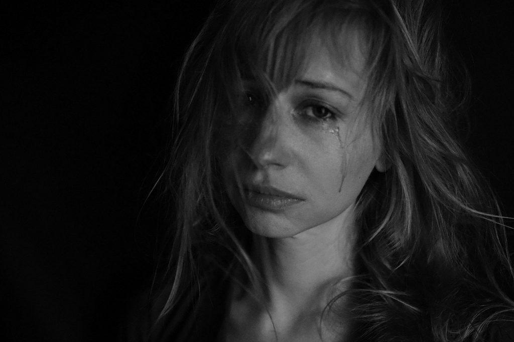 失恋で苦しい気持ちへの対処法