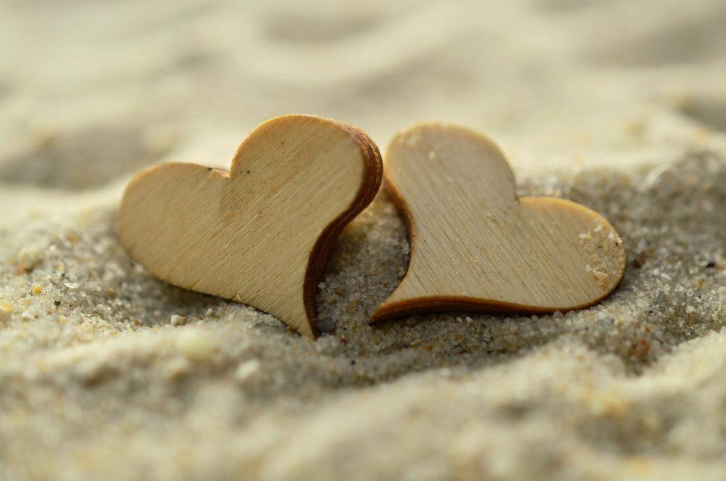 その愛は本物かも!好きな気持ちが愛情の場合に当てはまる気持ち